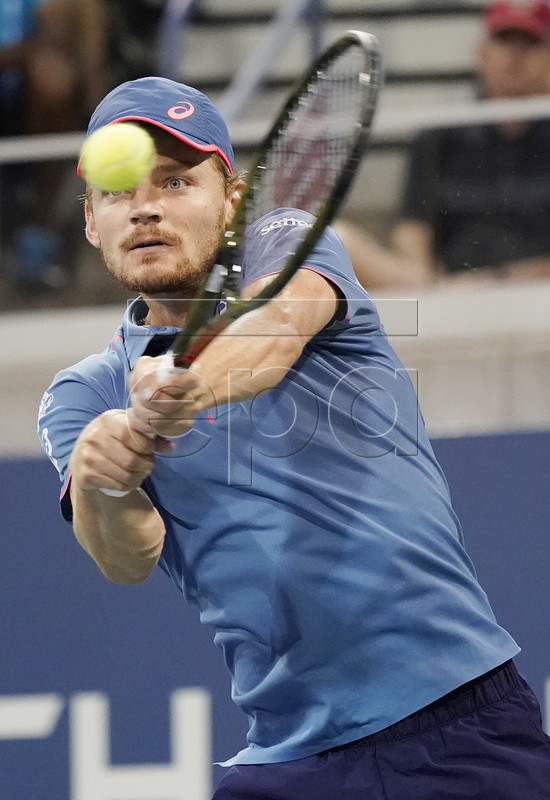 David Goffin of Belgium hits a return to Jan-Lennard Struff of Germany during the sixth day of the US Open Tennis Championships the USTA National Tennis Center in Flushing Meadows, New York, USA, 01 September 2018. The US Open runs from 27 August through 09 September. EPA-EFE/JOHN G. MABANGLO