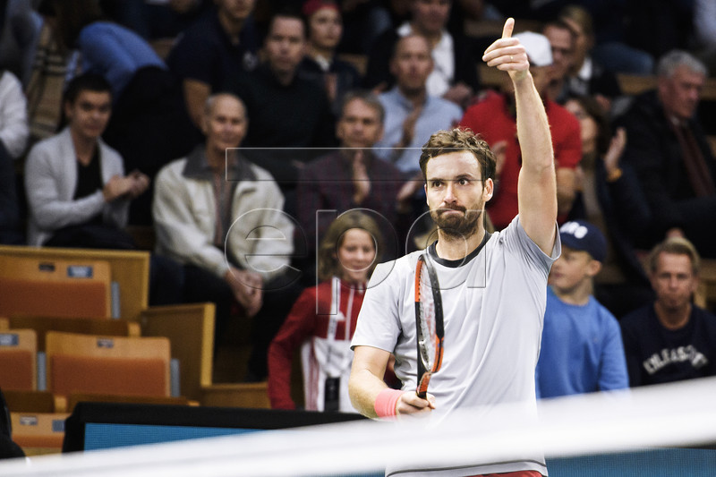 Ernests Gulbis of Lattvia celebrates after his semifinal match against John Isner of US in the ATP tennis tournament Stockholm Open at the Royal Tennis Hall in Stockholm, Sweden, 20 October 2018. EPA-EFE/Erik Simander/TT SWEDEN OUT