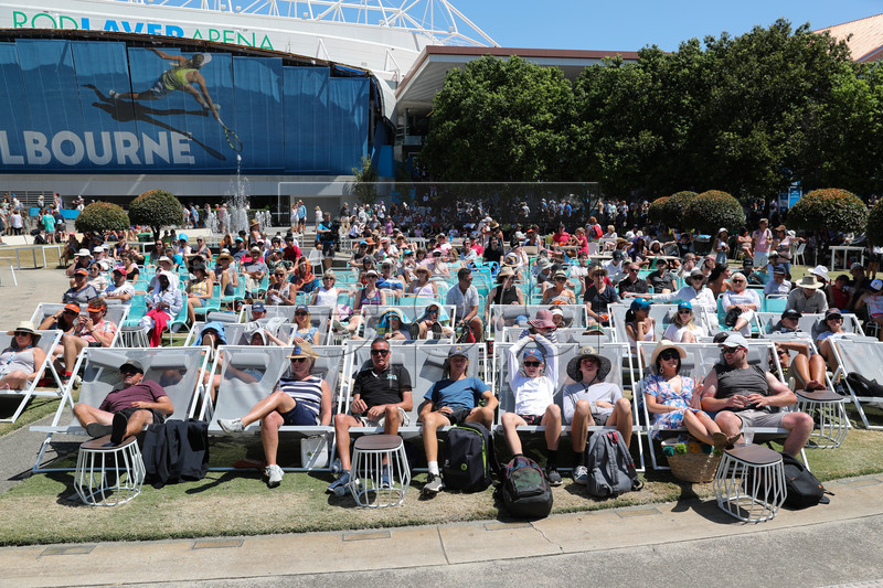 Tennis fans look on during the Australian Open Grand Slam tennis tournament in Melbourne, Australia, 21 January 2019. EPA-EFE/ERIK ANDERSON AUSTRALIA AND NEW ZEALAND OUT