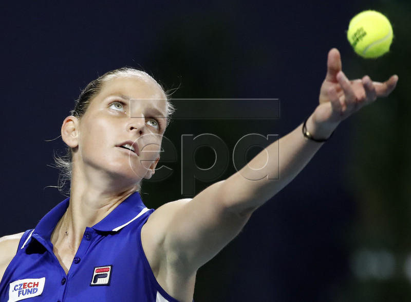 Karolina Pliskova of the Czech Republic in action against Simona Halep of Romania during their women's semifinals match at the Miami Open tennis tournament in Miami, Florida, USA, 28 March 2019. EPA-EFE/JASON SZENES