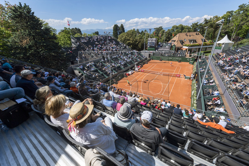 A general view of the stadium during the quarter final match between Radu Albot of Moldova and Damir Dzumhur of Bosnia at the Geneva Open tennis tournament in Geneva, Switzerland, 23 May 2019. EPA-EFE/MARTIAL TREZZINI